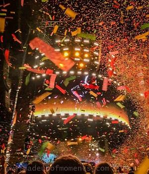 adele-live-perth-confetti